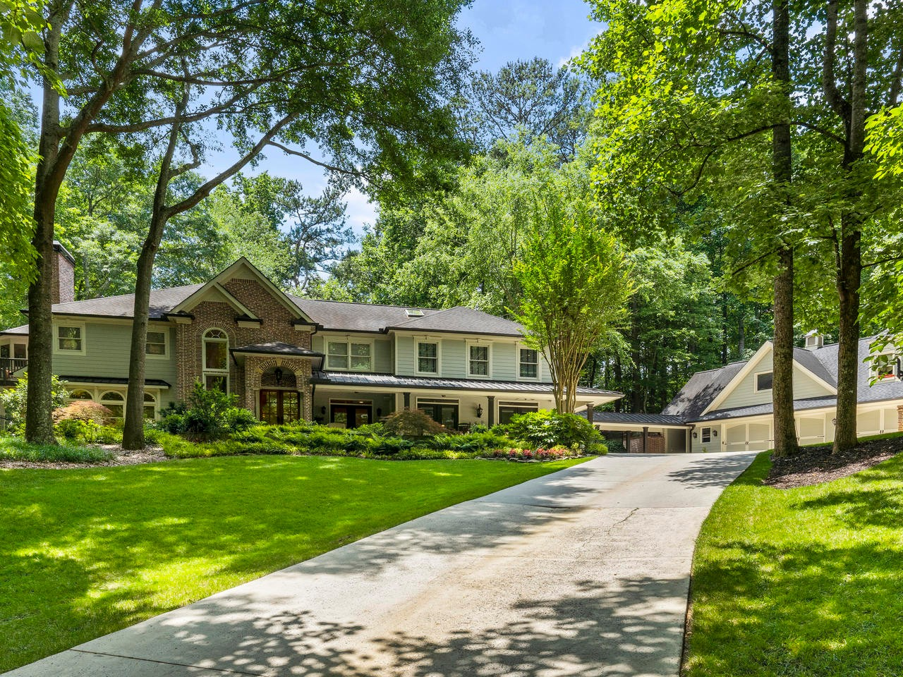 An Exceptional Property Offering The Best of Everything in Milton!