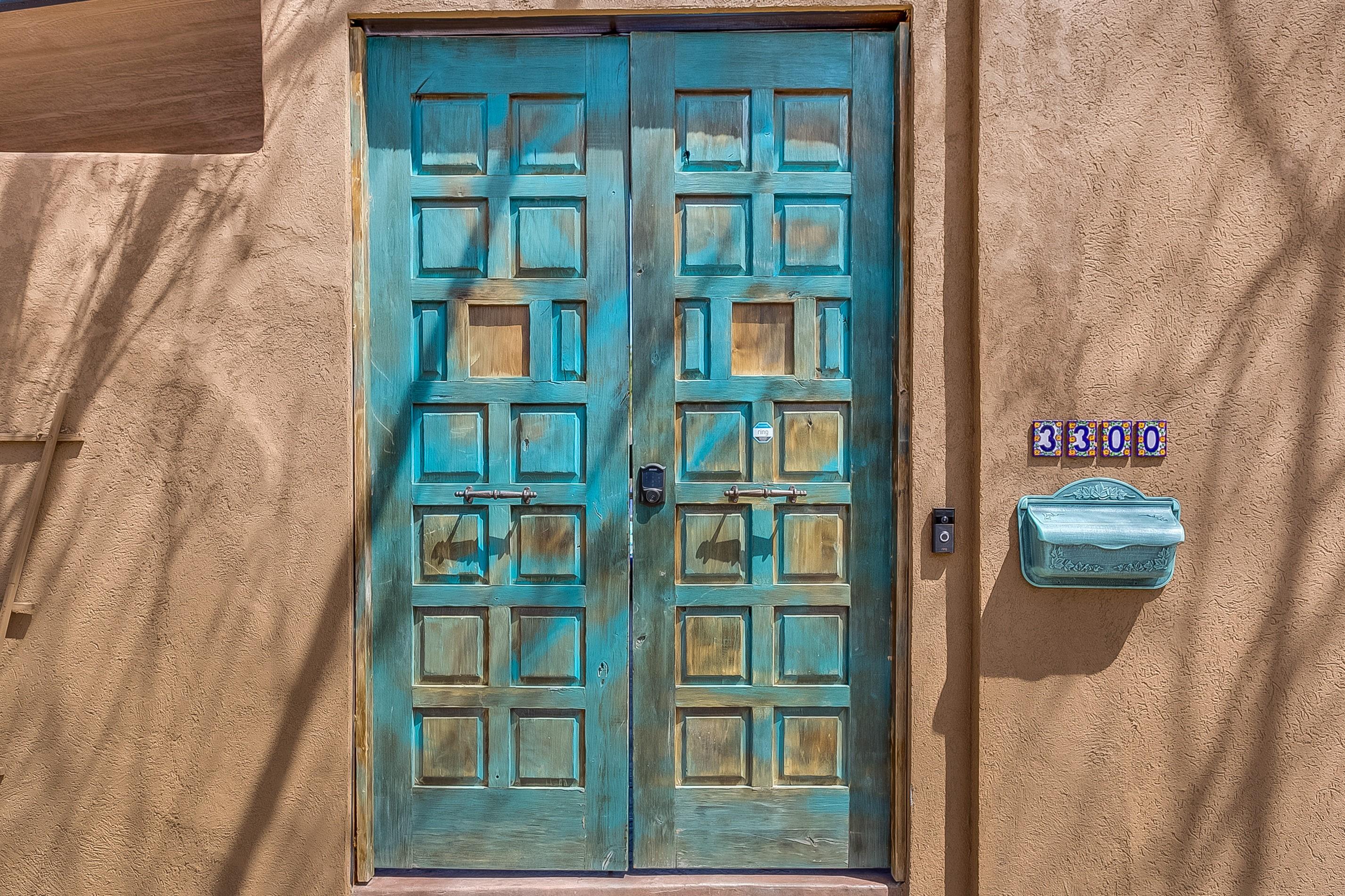 Santa Fe Living In The Denver Highlands | Outstanding Spanish Revival Architecture