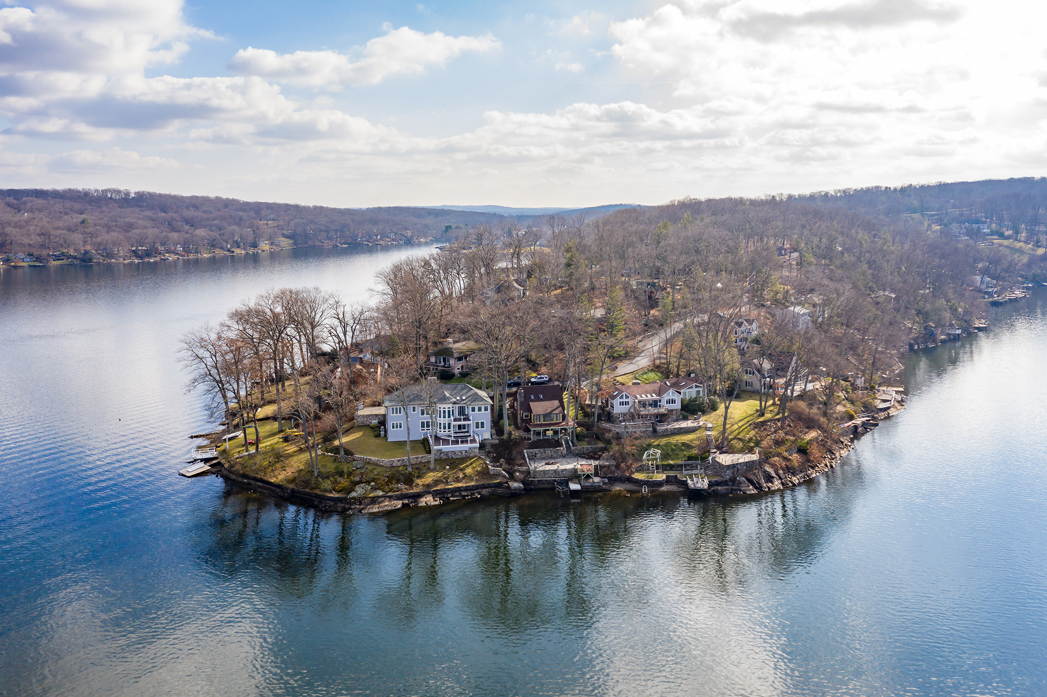Amazing Panoramic View of Candlewood Lake