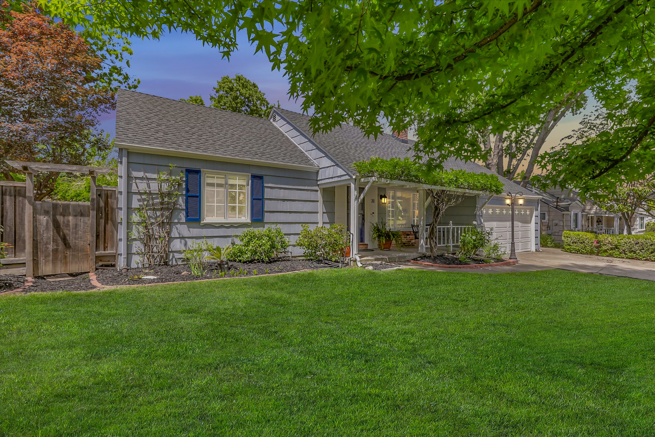 Charming updated home    ideal court location
