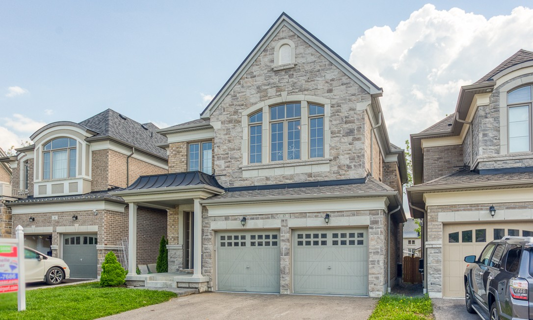 Prestigious Enclave in Pickering