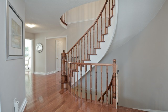 Beautiful Home in Rolling Acres, Whitby