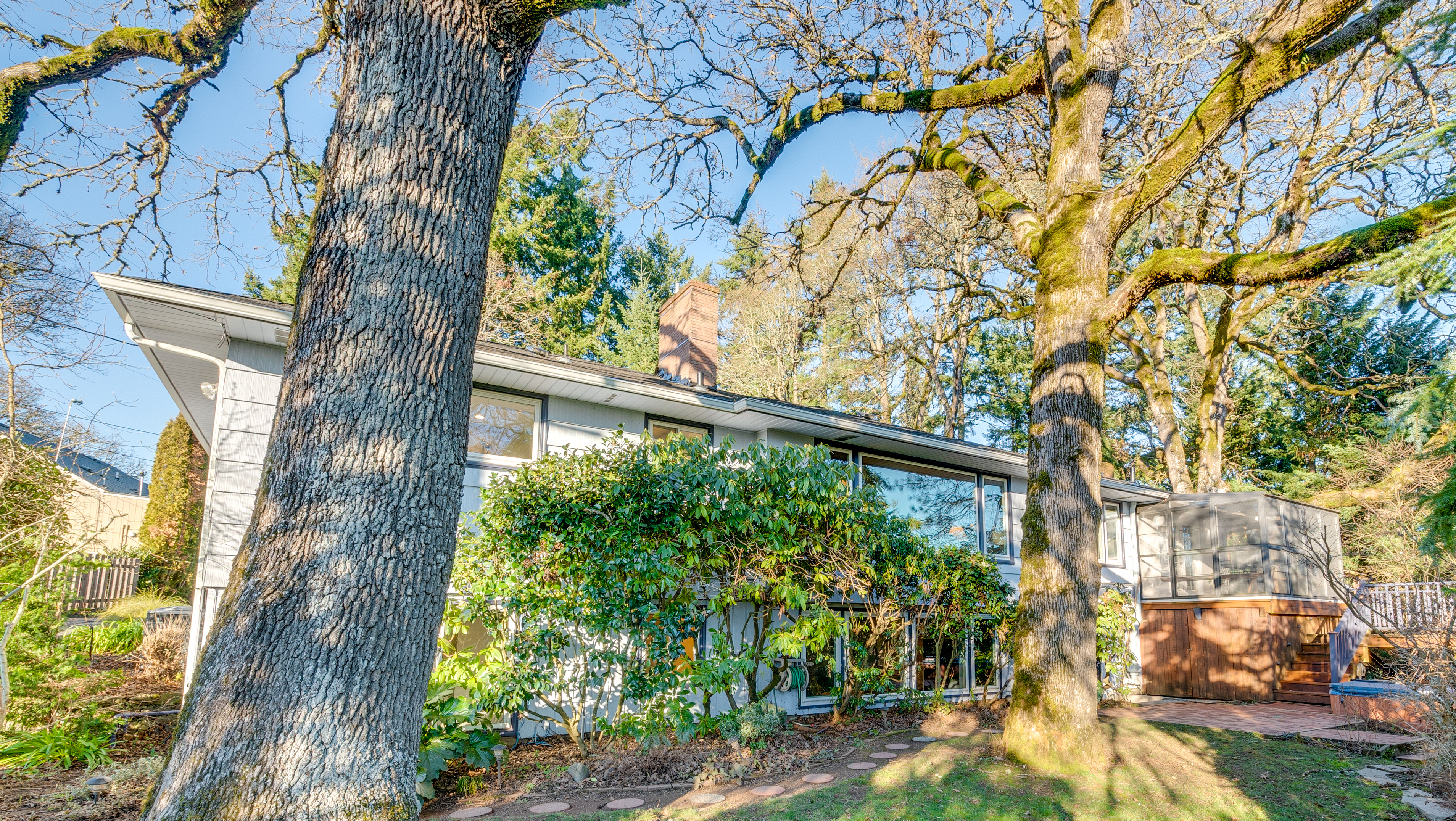 Stunning Mid-Century, Close-in. More than 1/2 an acre
