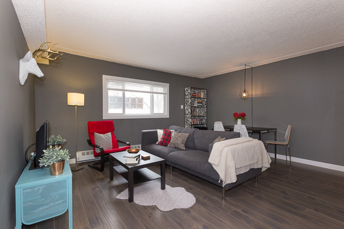 Move-in ready main floor condo in Strathcona