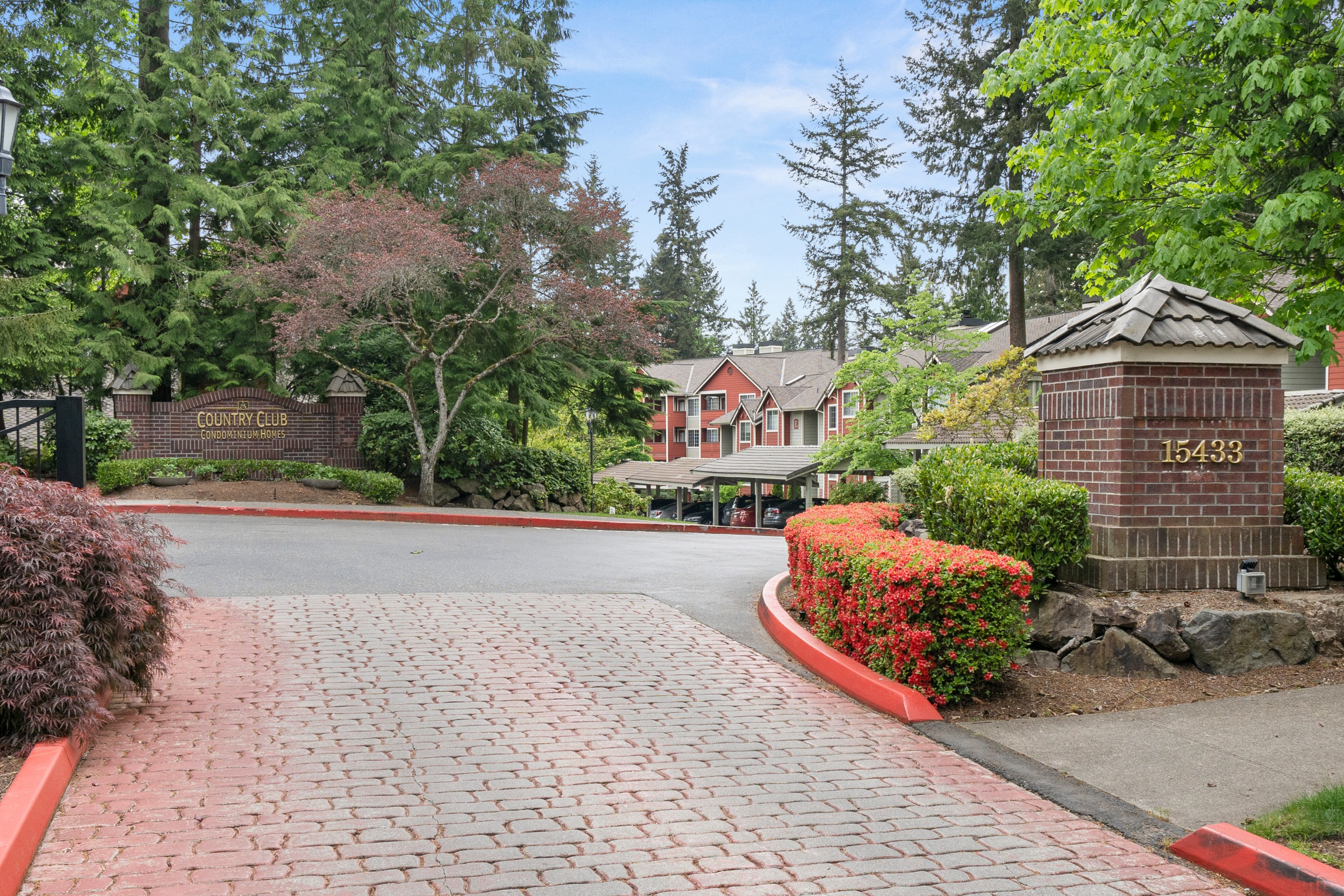 Beautifully Remodeled Unit in Mill Creek